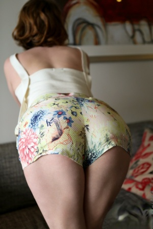 Housewife Butt
